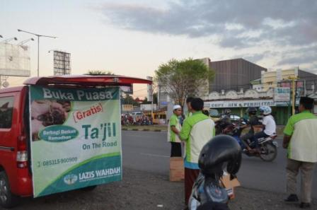 Takjil on the road 1